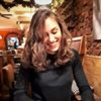 Aya zoekt een Kamer / Studio in Leiden